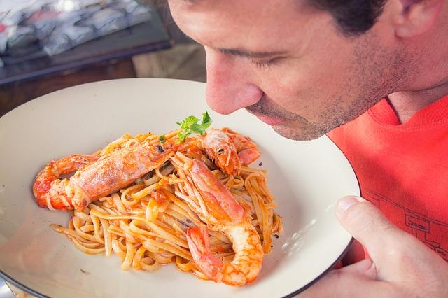 Jantar às cegas: uma opção para o seu restaurante